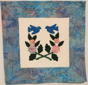 "applique example from ""Adding Depth to a Quilt Using Contrast"""